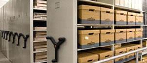 Rafturi metalice pentru arhiva
